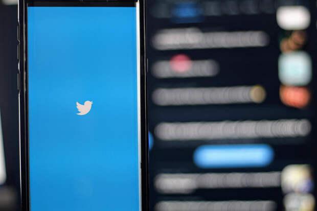Роскомнадзор продлил меры по замедлению работы Twitter