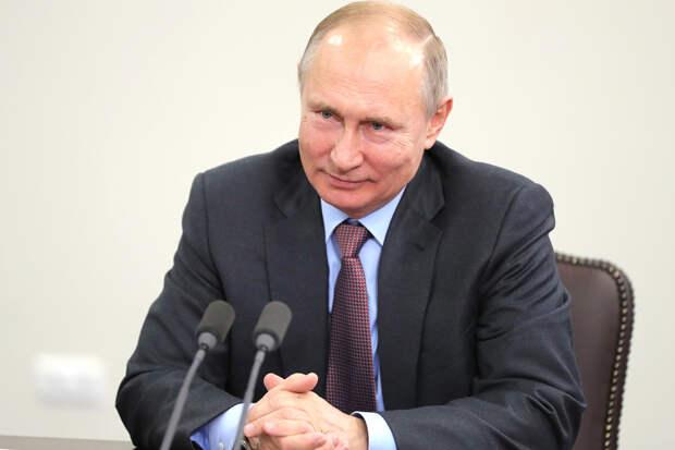 Путин призвал белорусов самостоятельно разобраться с ситуацией в стране