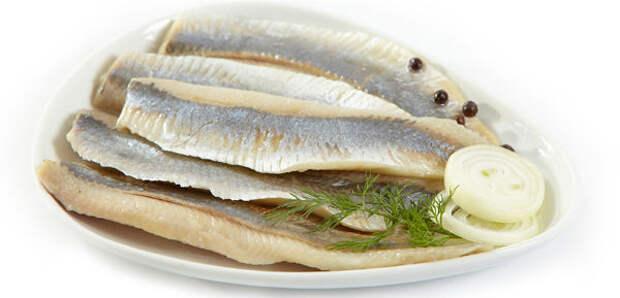 Готовим сельдь сухого посола: по этому рецепту рыбу невозможно испортить!