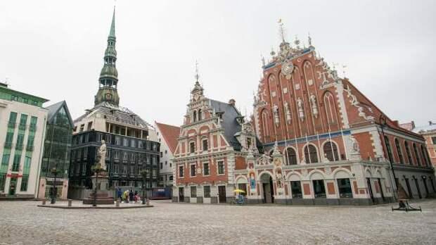 Необходимый для путешествий зеленый сертификат может появиться в Латвии в июне