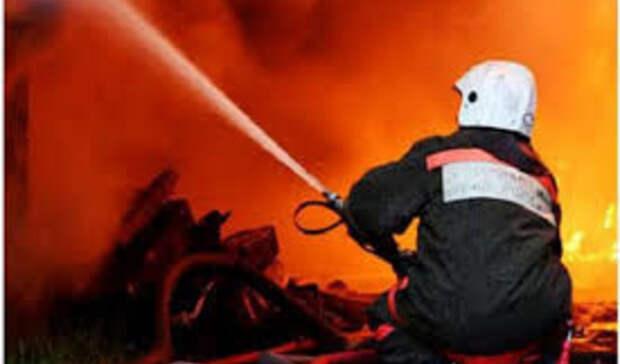 Автомобиль сгорел после ДТП вРостовской области
