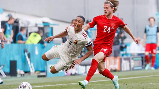 Футболисты сборной Бельгии победили соперников из Дании на Евро-2020