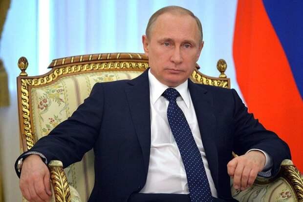Президент России наградил Ефремова орденом