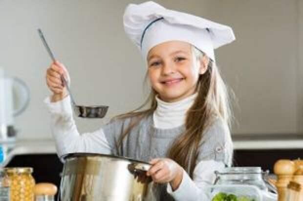 Ностальгия по борщу. Что готовили девочки на уроках труда в школе