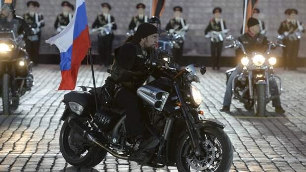 Из беседы с «опаснейшим байкером» Bild узнал, что США — дерьмо, а Меркель — марионетка