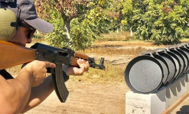 С пулями на чугунные сковородки: проверяем пробивные свойства оружия