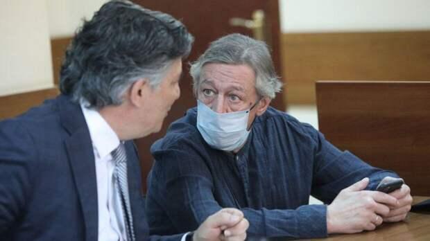 Ефремов не признал вину в совершении ДТП в ходе судебного заседания