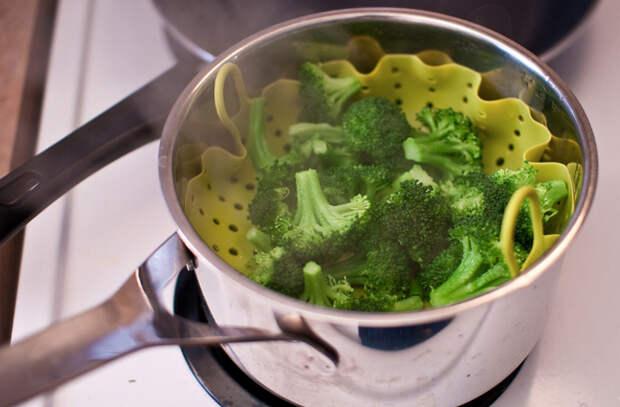 Готовим брокколи и оставляем внутри все витамины
