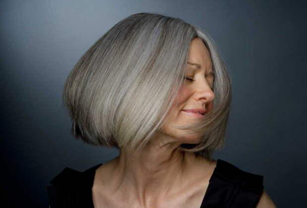 С этими дешевыми витаминами из аптеки ваши волосы будут сиять - в любом возрасте красотка!