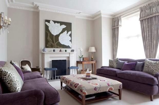 гостиная с двумя диванами