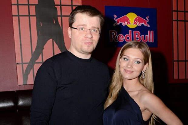 Харламов иАсмус официально развелись