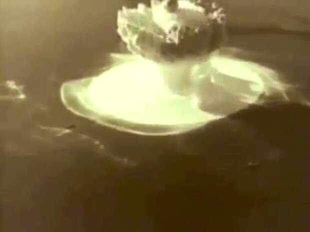Испытание первой в мире ядерной торпеды. 1955 год, Новая Земля.