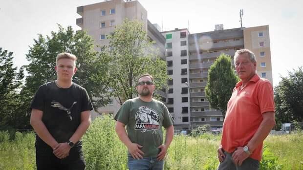 Выбрасывают из окон мусор и мебель: шумные иностранцы – худший кошмар жителей Германии