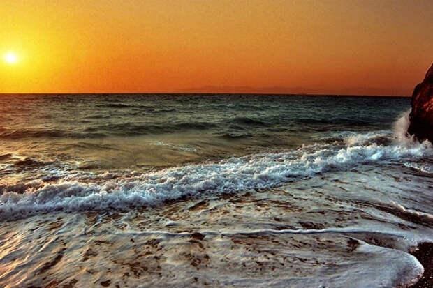 Мертвая вода: опасность Черного моря, скрытая под поверхностью