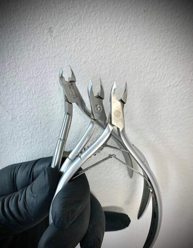 Маникюрные инструменты.
