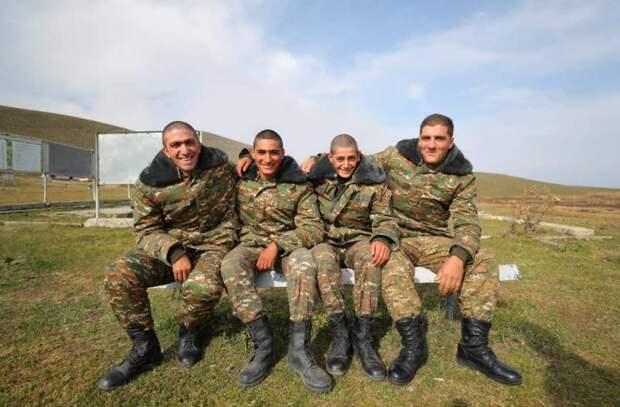 После Карабаха Россия  могла бы ввести миротворцев на Донбасс