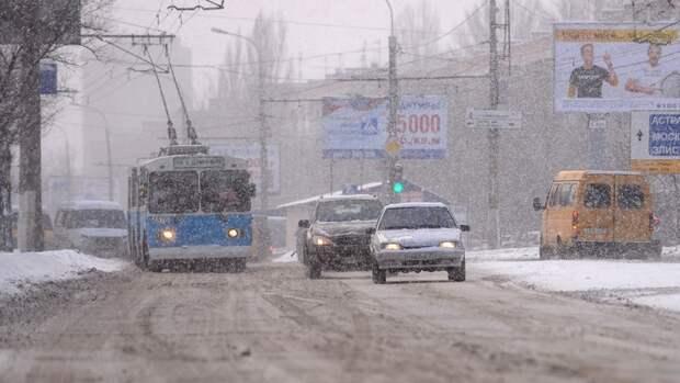 В МЧС призвали волгоградцев воздержаться от поездок из-за сильного ветра