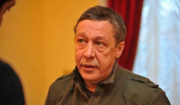 «Хочу написать книгу»: смертельное ДТП и суд над Ефремовым вдохновили Добровинского