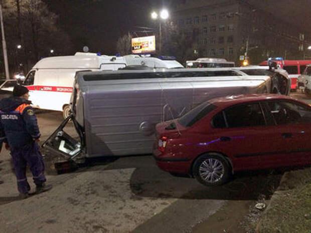 Лихач на маршрутке спровоцировал ДТП: есть пострадавшие