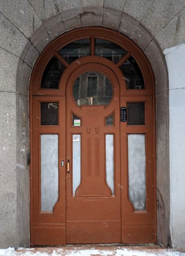 Двери Санкт-Петербурга как произведения искусства
