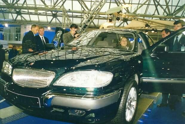 Новая переднеприводная Волга ГАЗ-3103. Кризис 1998 года убил этот современный проект ГАЗа. Да и впринципе убил все легковое горьковское производство. автовыставка, автосалон, выставка, ретро фото
