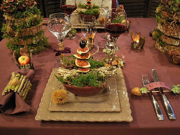 maroon-french-style-table-set