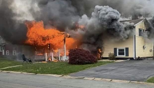 Жительница Мэриленда наблюдала за тем, как горит ее дом, сидя на лужайке