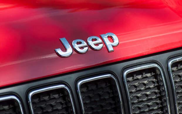 Jeep Cherokee снова отзывают: проблема с датчиками и подушками