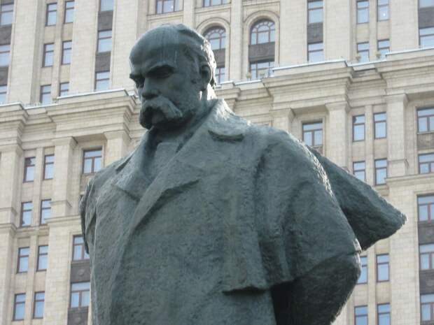 В Москве не нужен памятник украинцу, ненавидевшему Россию и русских