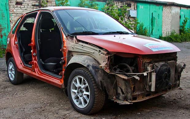 Перевернулся на автомобиле. Можно ли его восстановить? Отвечают эксперты «За рулем»