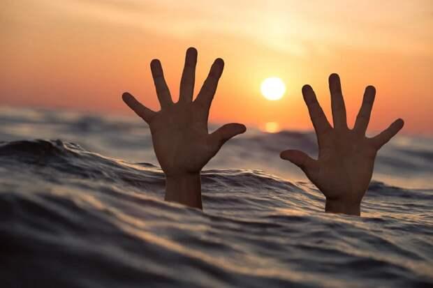 Спасая тонувшего ребенка, в море у Анапы погибли двое мужчин