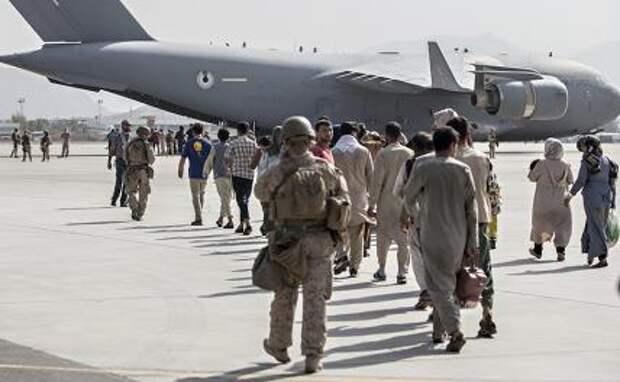 Убившие миллионы людей политики активнее всех кричат об Афганистане