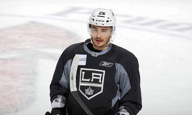 Простит ли Америка домашнее насилие русскому хоккеисту? Войнов не играет почти год и верит, что найдет клуб в НХЛ