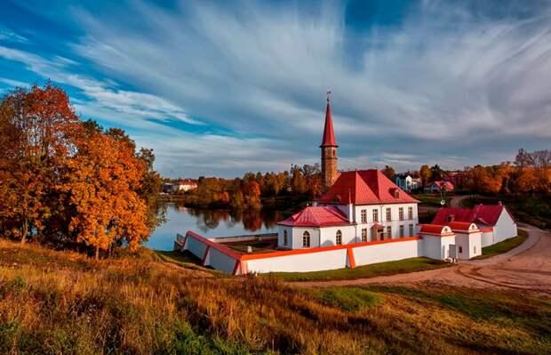 Стало известно, почему Ленинградская область пользуется бешеной популярностью у туристов
