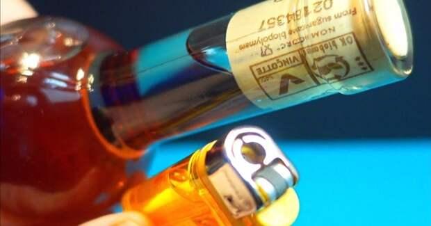 Как просто и эффектно открыть бутылку без шпора