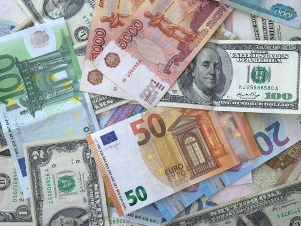 Кто оплатит долг в 20 трлн долларов: мировая экономика снова в кризисе
