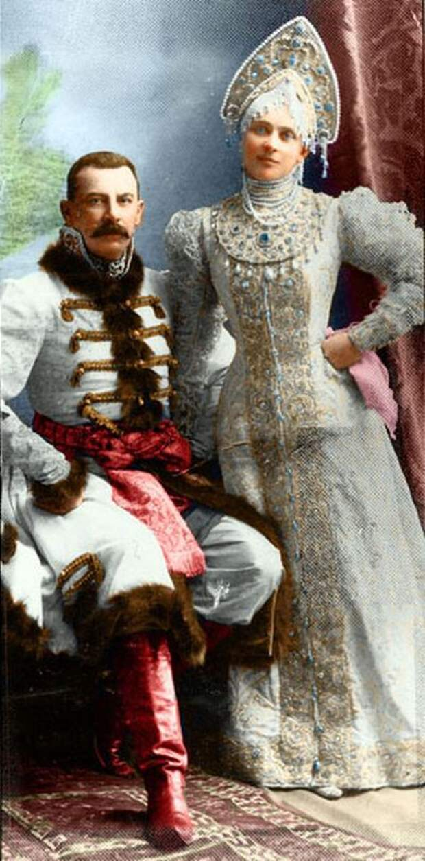 Красота и разнообразие русского национального наряда.