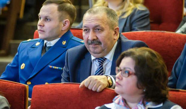 Начальник челнинского управления ФСБ ушел вотставку— СМИ