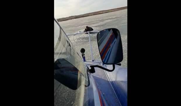 На Ирикле спасателипомогли тонущему рыбаку выбраться из воды