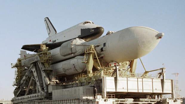 Ракетно-космическая система Энергия, в состав которой входят ракета-носитель и корабль многоразового использования Буран - РИА Новости, 1920, 17.11.2020