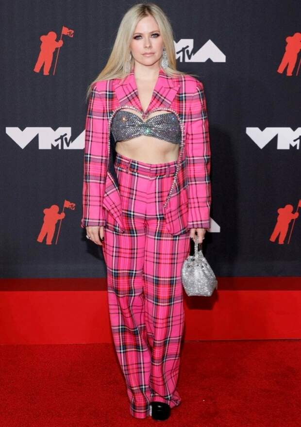 22/32 Avril Lavigne in AreaImage: Jason Kempin/Getty Images