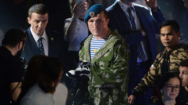 Знаменитый русский боксер Денис Лебедев завершил карьеру. Онзапоздал на2,5 года