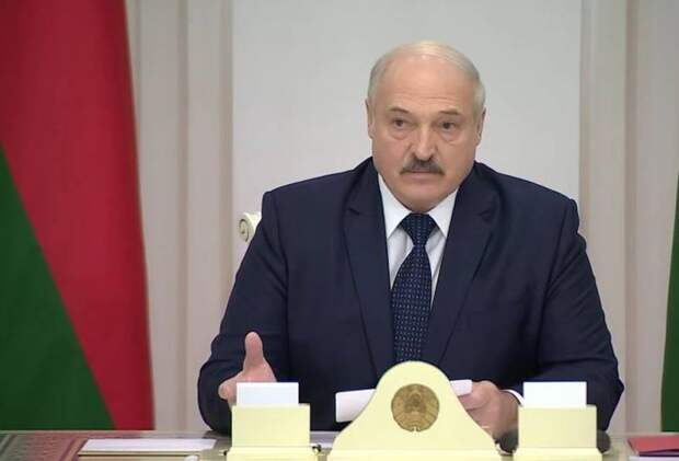 Лукашенко готов отказаться от многовекторности, но лишь при одном условии