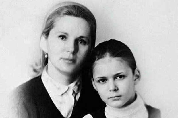 """Аркадий Райкин о Юрии Яковлеве сказал: """"Если он не женится на моей дочери, то я ему…"""""""