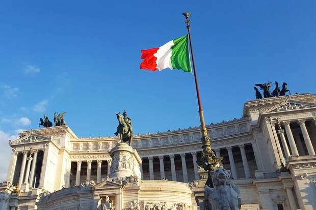 Посол Италии назвал сроки открытия границ для российских туристов