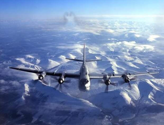 Самолёты РФ у Аляски заставили поволноваться ВВС США