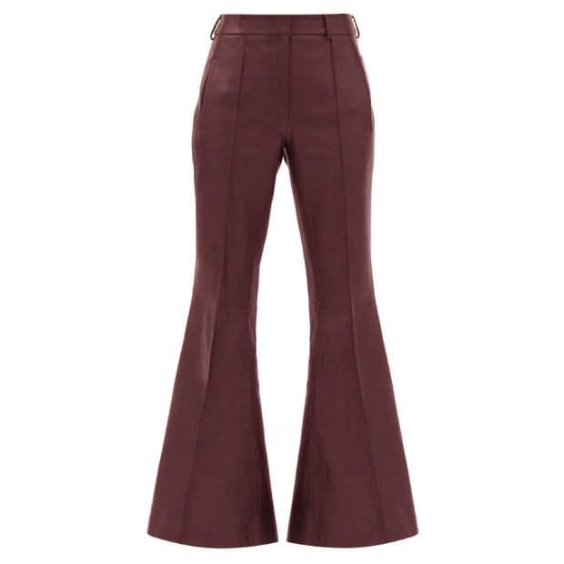 Кожаные брюки—самый практичный вариант для дождливой погоды