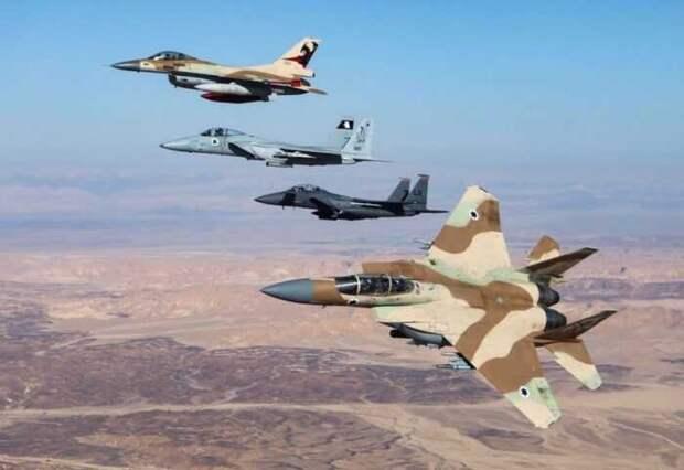 На авиабазу ВКС РФ в Сирии могли доставить баллистические ракеты