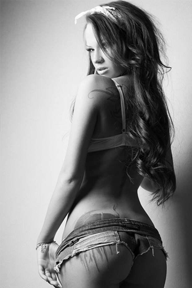 Вероника Вонка: 13 откровенных снимков юной топ-модели