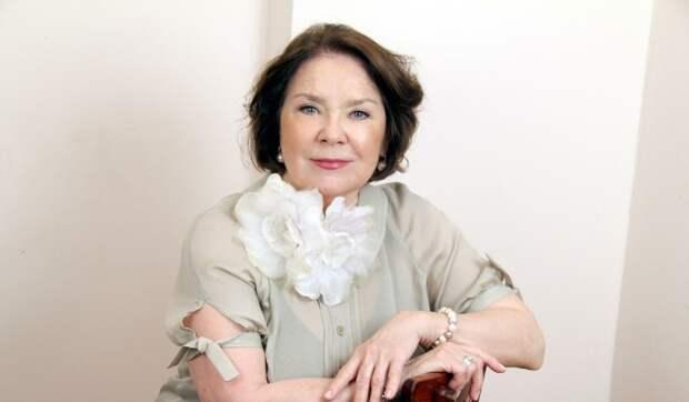 «Дадите мне денег на операцию»: Лариса Голубкина срочно госпитализирована